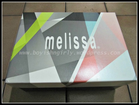 01 - Melissa
